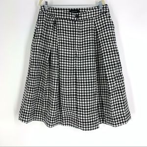Who What Wear Black White Houndstooth Skirt 16